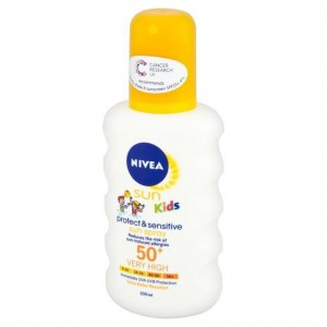 NIVEA SUN Pure & Sensitive Kids Spray SPF50+, 200ml